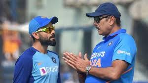 Ravi Shastri with Indian players